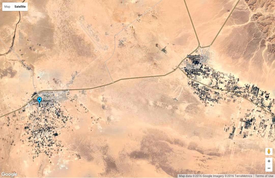 Figura 1. Foro da satellite della zona fra Waddan e Uhn con la base aerea di Al Jufrah e il sito di Rugawa (Google Imagery).