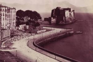 Sommer,_Giorgio_(1834-1914)_-_n._1121_-_Castel_dell'Ovo_-_Napoli