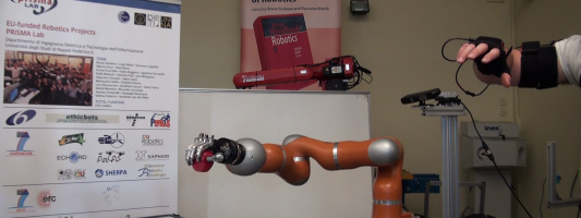 I robot del PRISMA Lab con sensibilità tattile