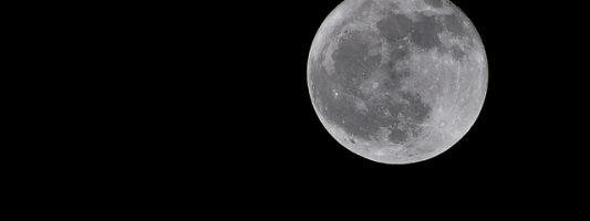 Osservazioni del Sole e della Luna in piazza
