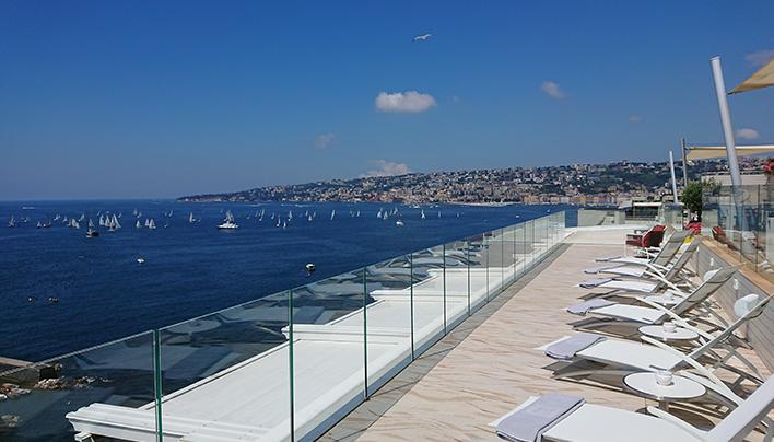 Sky Lounge Grand Hotel Vesuvio Napoli